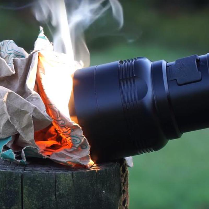 Wicked Lasers Survival Flashlight Can Start A Fire